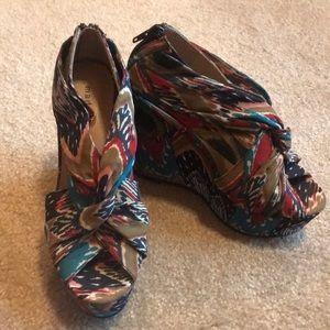 Madden Girl platform heels size 6
